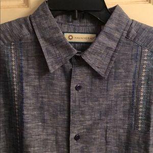 Havanera Men's Short Sleeve shirt.